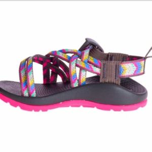 Chaco Strappy sandles